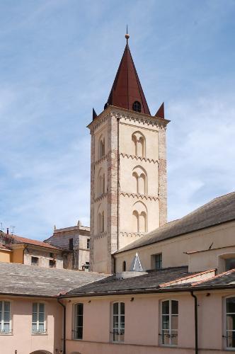 Lassù dove non si vedeva il cielo. Un carcere nell'antico campanile di Santa Caterina in Finalborgo