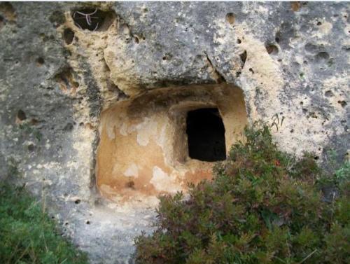 Necropoli di Mesu 'e montes e Necropoli di S'adde 'e asile