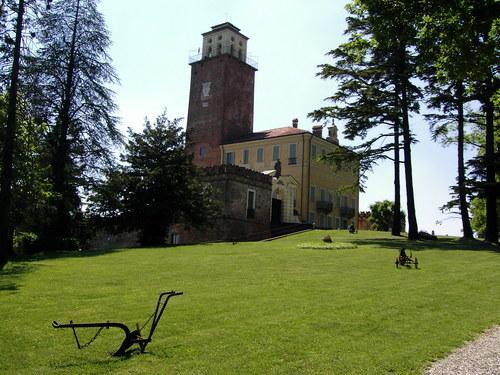 Castello di Montecastello
