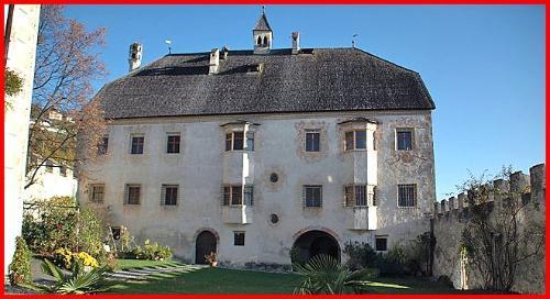 Castel Velturno (Schloss Velthurns)