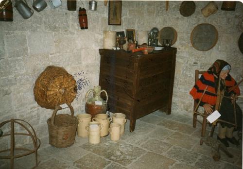 "Museo etnografico ""Francesco Prelorenzo"""