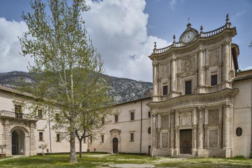 Concerto  del coro femminile Santa Cecilia di Sulmona e della Filarmonica vocale Iucunda Nova