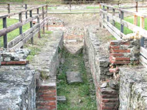 Anfiteatro romano di Ivrea