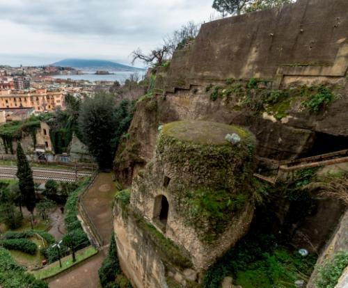 Una passeggiata con Virgilio: tra natura e storia