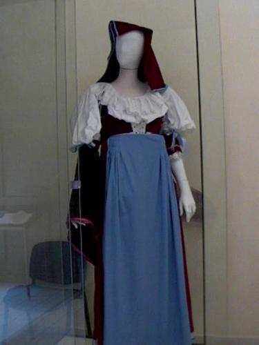 """Museo civico """"Insteia Polla"""", Rassegna permanente delle antiche vestiture pollesi"""