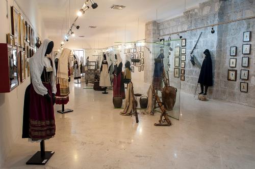 Museo civico del costume popolare abruzzese molisano e della transumanza